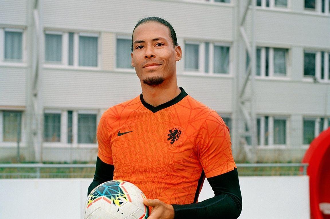 Met Deze Shirts Speelt Oranje Volgend Jaar Op Het Ek Voetbal International