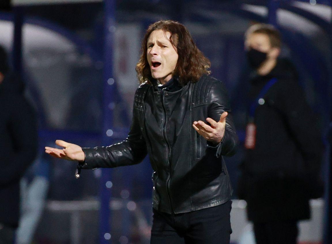 Wycombe-manager wil Mourinho in zijn rockband: 'Op de tamboerijn'