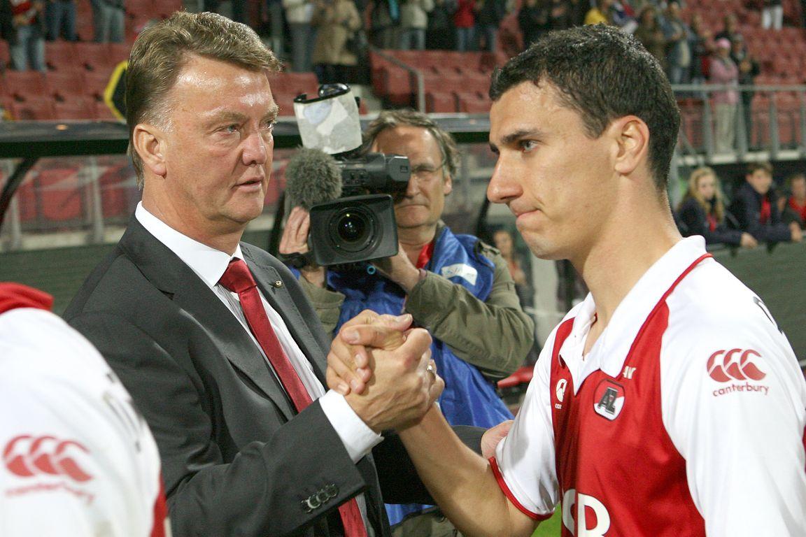Van Gaal tegenover oude bekende: 'Ik denk dat we door hem kampioen zijn geworden'