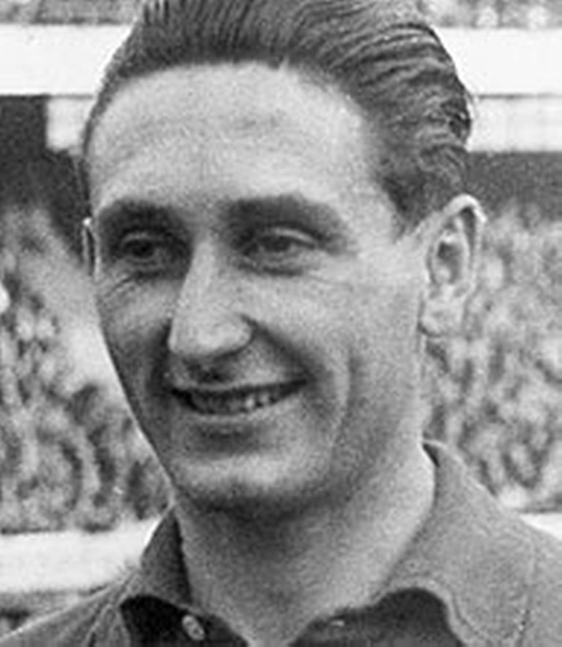 Oud-international Faas Wilkes overleden - Voetbal International